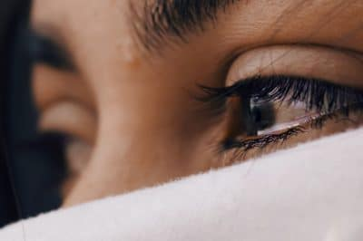 """10 Signs You Might Be a """"Highly Sensitive Person"""""""